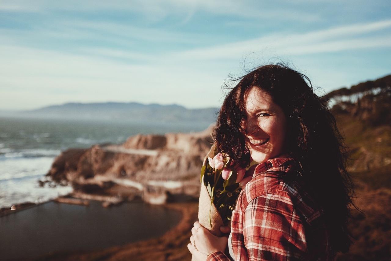 Mira Frases Para Hacer Reir A Una Mujer Se Creativo Skylion